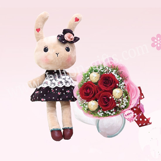 Valentine soft toy & Hand Bouquets
