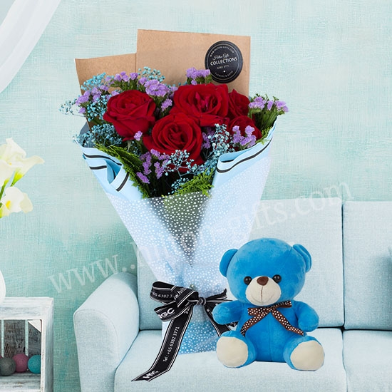 Bear & Bouquet
