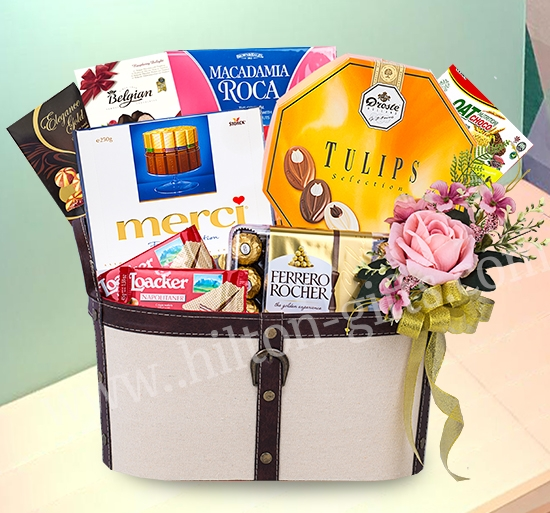 Chocolate Hamper (Halal)