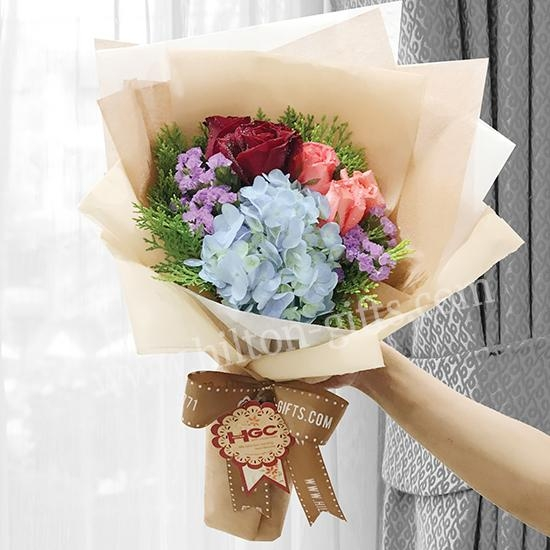 Hand Bouquet Hydragea Blue