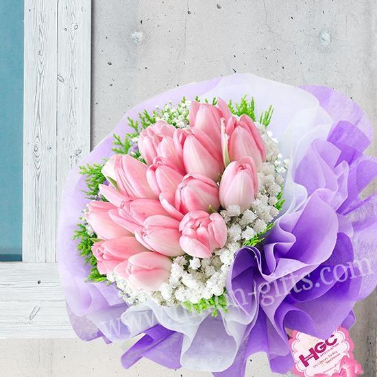 Pink tulip Hand Bouquet