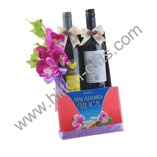 Wine hamper with  holder