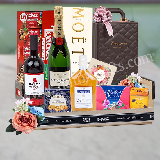 Food Hamper Alcohol - Martell, Moet & Chandon & Red Wine