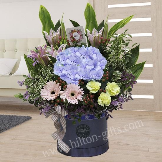 Table Bouquet Blue Hydrangea