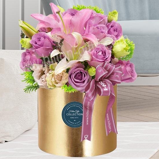 Table Bouquet Purple Roses